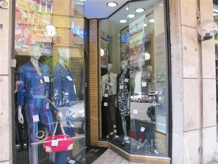 Negozi roma in vendita e in affitto cerco negozio roma e for C1 affitto roma