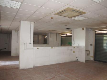 Affitto negozio boccea torrevecchia pineta sacchetti for Affitto uffici roma boccea