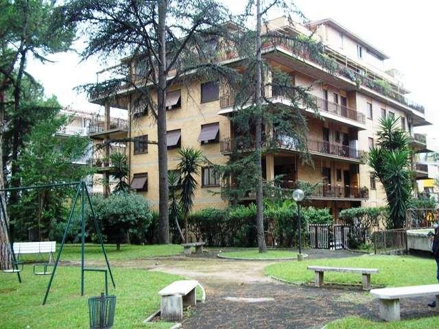 Appartamento, Eur (europa), Laurentino, Montagnola, Roma, da ristrutturare