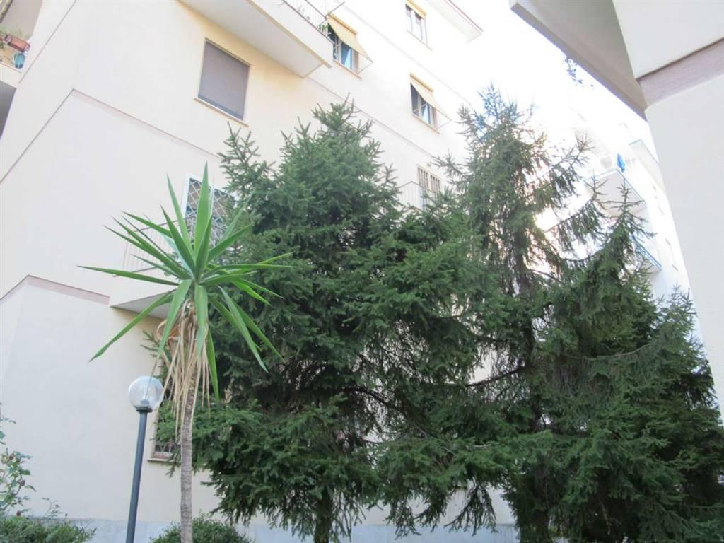 Quadrilocale in Via Nicola Corsi 20, Monteverde, Gianicolense, Roma