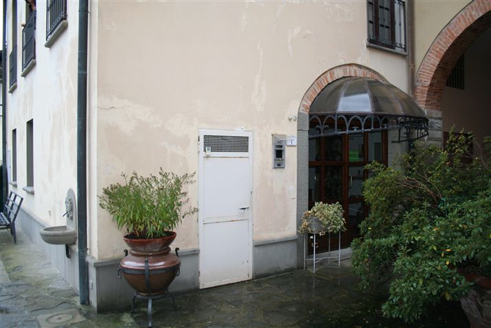 Rustico / Casale in vendita a Signa, 5 locali, zona Località: CENTRO, prezzo € 285.000 | CambioCasa.it