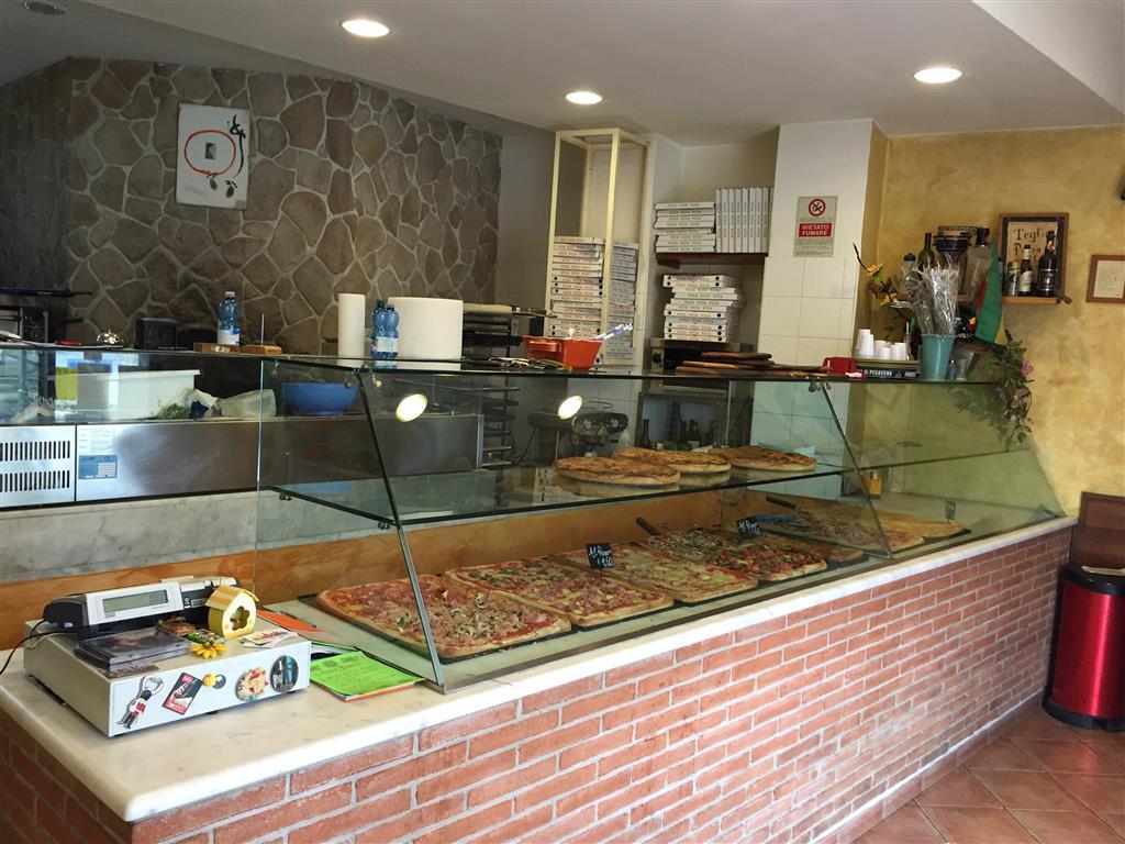 Attività / Licenza in vendita a Scandicci, 2 locali, prezzo € 200.000 | CambioCasa.it