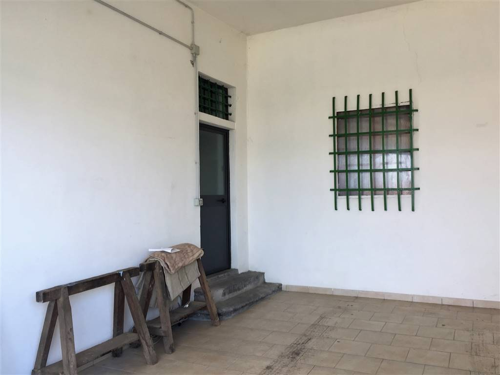 Laboratorio in vendita a Lastra a Signa, 4 locali, prezzo € 130.000 | CambioCasa.it