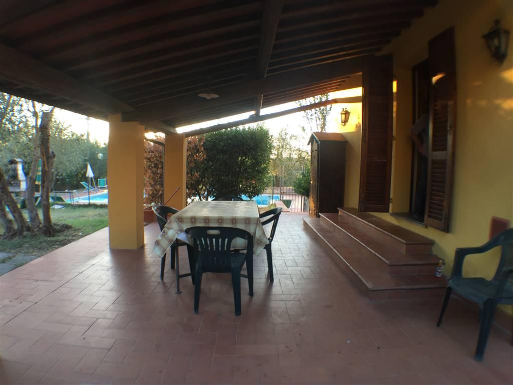 Soluzione Indipendente in affitto a Lastra a Signa, 4 locali, zona Località: LA LUNA, prezzo € 1.000 | CambioCasa.it