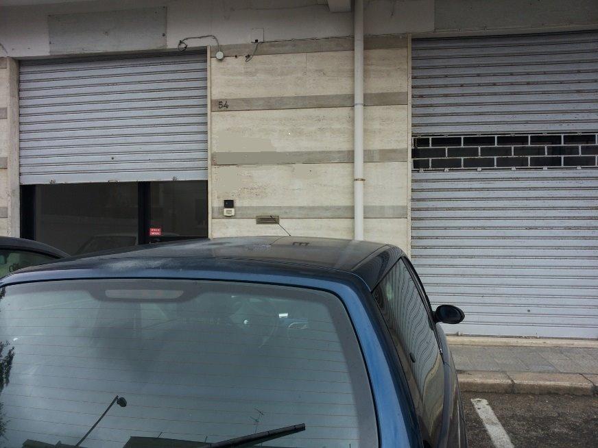 Immobile Commerciale in vendita a Monopoli, 4 locali, zona Località: CENTRO, prezzo € 200.000 | Cambio Casa.it