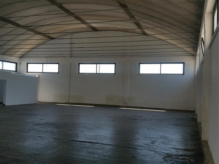 Capannone in vendita a Monopoli, 1 locali, zona Località: ZONA INDUSTRIALE, prezzo € 350.000 | Cambio Casa.it