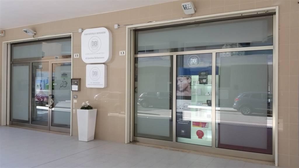 Laboratorio in vendita a Monopoli, 8 locali, zona Località: SANT' ANNA, Trattative riservate | CambioCasa.it