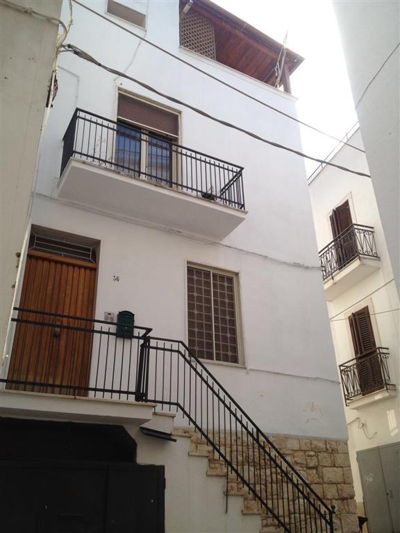Soluzione Indipendente in vendita a Castellana Grotte, 4 locali, prezzo € 115.000 | Cambio Casa.it