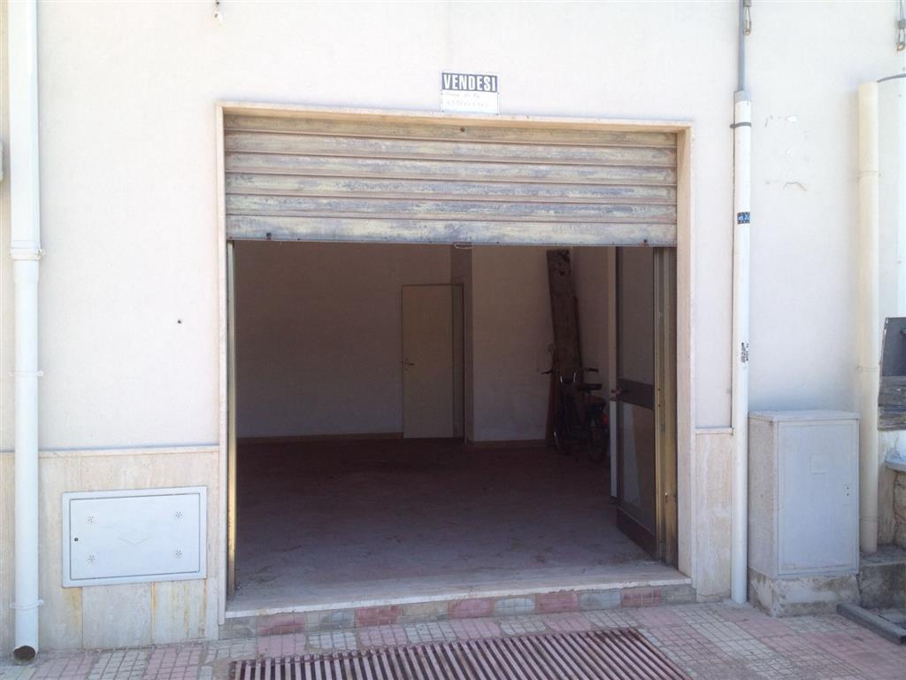 Immobile Commerciale in vendita a Monopoli, 1 locali, zona Località: SACRO CUORE, prezzo € 50.000 | Cambio Casa.it