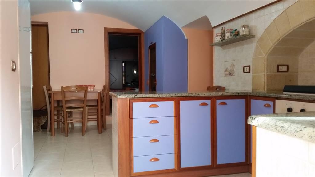Appartamento in vendita a Monopoli, 3 locali, prezzo € 160.000 | CambioCasa.it