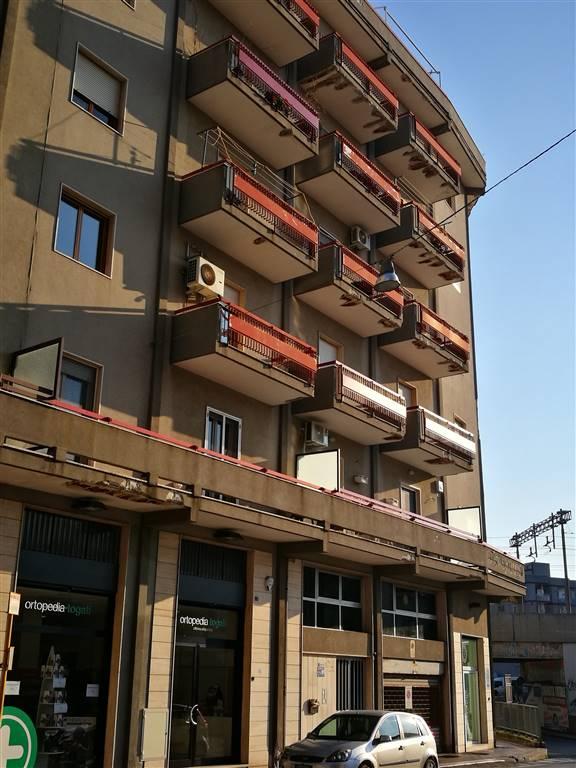 Appartamento in vendita a Monopoli, 3 locali, zona Località: SEMICENTRALE, prezzo € 165.000   Cambio Casa.it