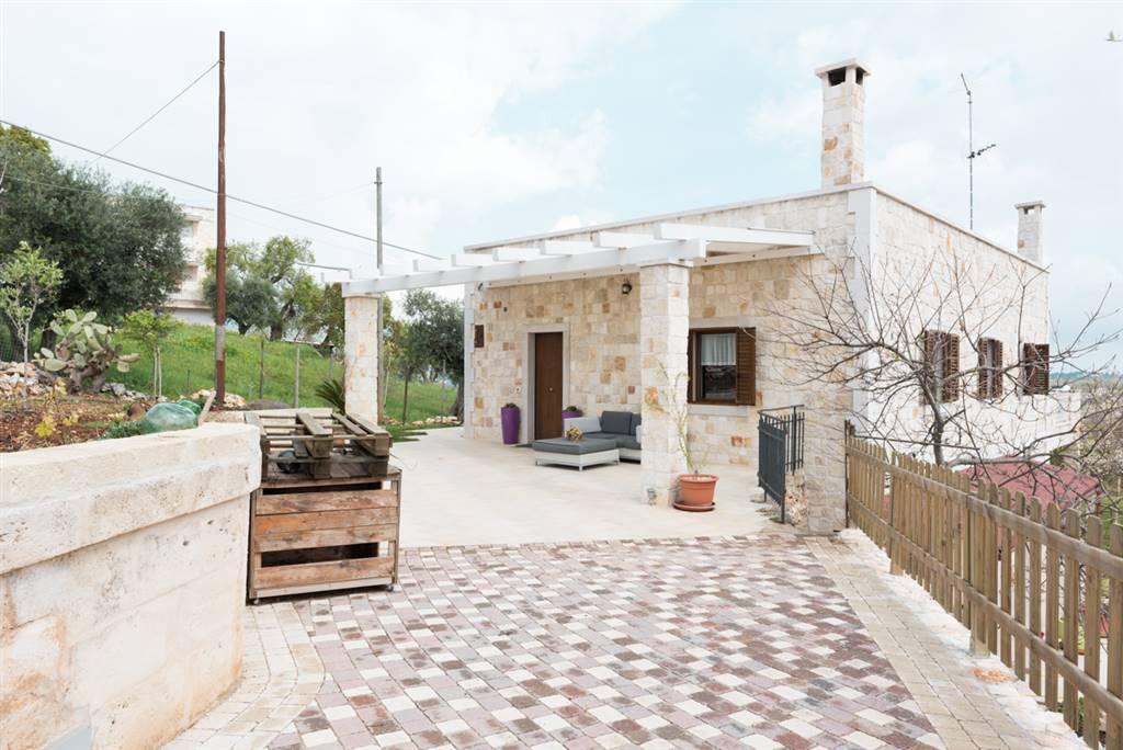 Soluzione Indipendente in affitto a Locorotondo, 4 locali, Trattative riservate | Cambio Casa.it