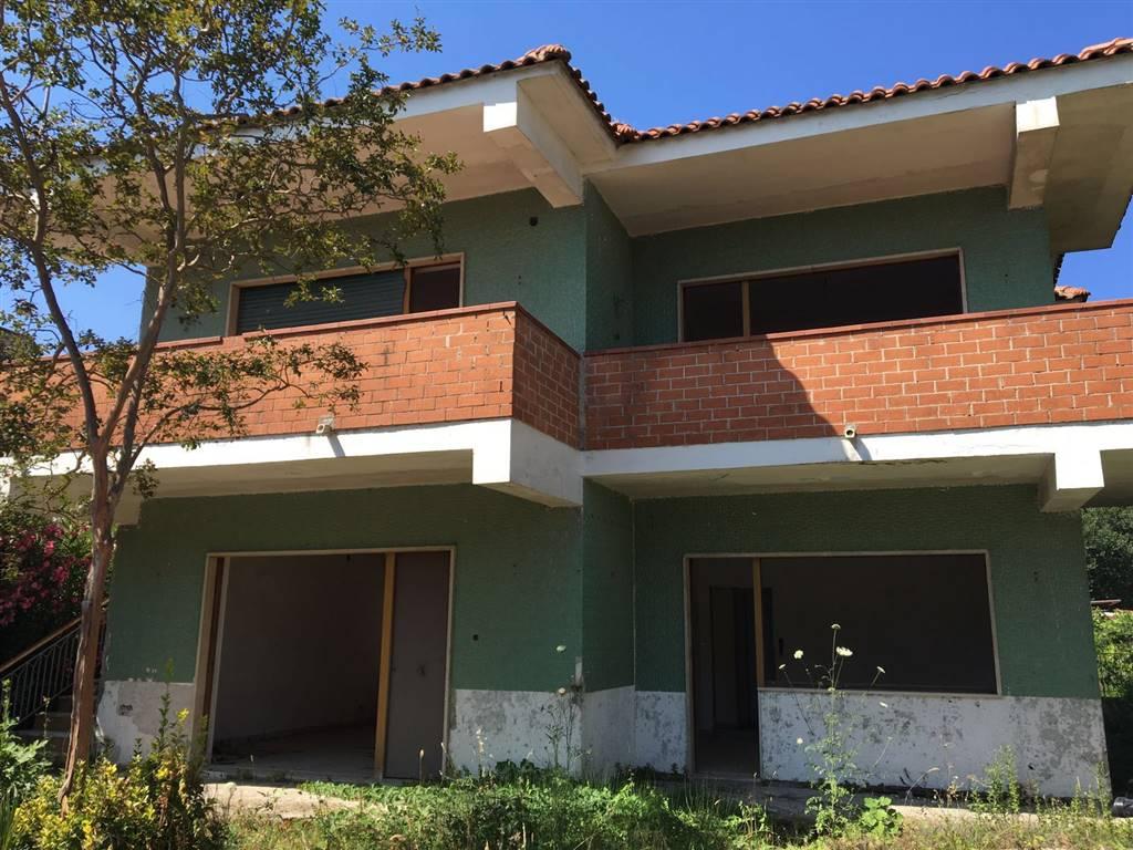 Villa in vendita a Castel Volturno, 6 locali, zona Località: BAIA VERDE/PINETA GRANDE, prezzo € 45.000 | Cambio Casa.it