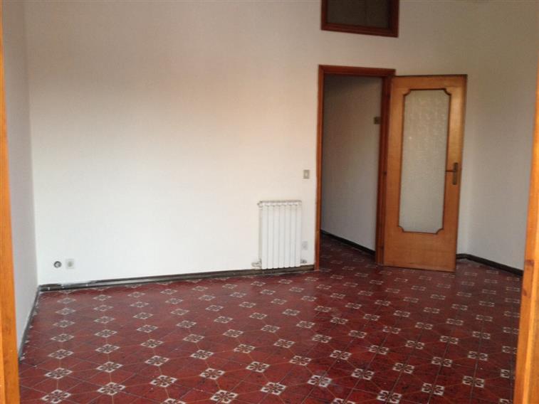 Appartamento in affitto a Castel Volturno, 4 locali, zona Località: DOMIZIANA DA SCATOZZA A PINETAMARE, prezzo € 400 | Cambio Casa.it