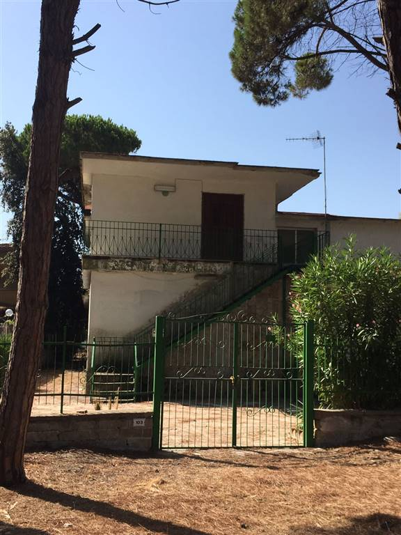 Villa Bifamiliare in Vendita a Castel Volturno