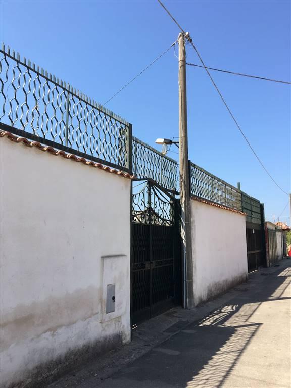Villa in vendita a Castel Volturno, 5 locali, zona Località: DESTRA VOLTURNO, prezzo € 55.000 | CambioCasa.it