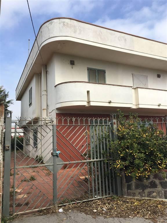 Villa in vendita a Castel Volturno, 4 locali, zona Località: BAGNARA, prezzo € 30.000 | Cambio Casa.it