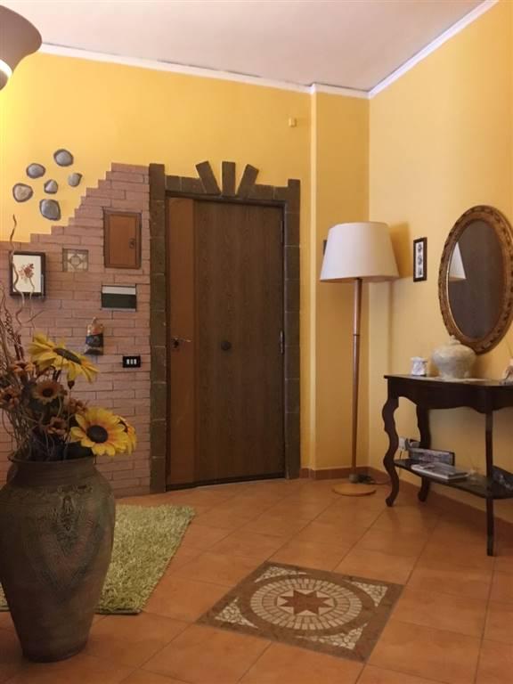 Appartamento in vendita a Castel Volturno, 4 locali, zona Zona: Villaggio Coppola, prezzo € 85.000   CambioCasa.it