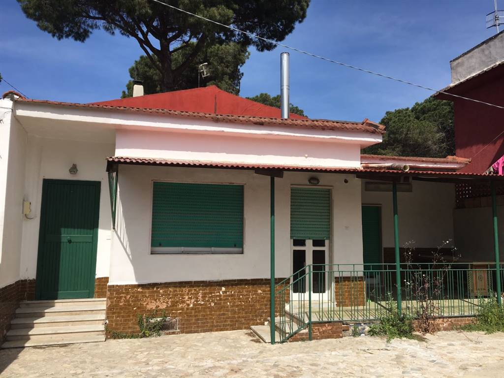Villa in vendita a Castel Volturno, 3 locali, zona Località: BAIA VERDE/PINETA GRANDE, prezzo € 35.000 | Cambio Casa.it