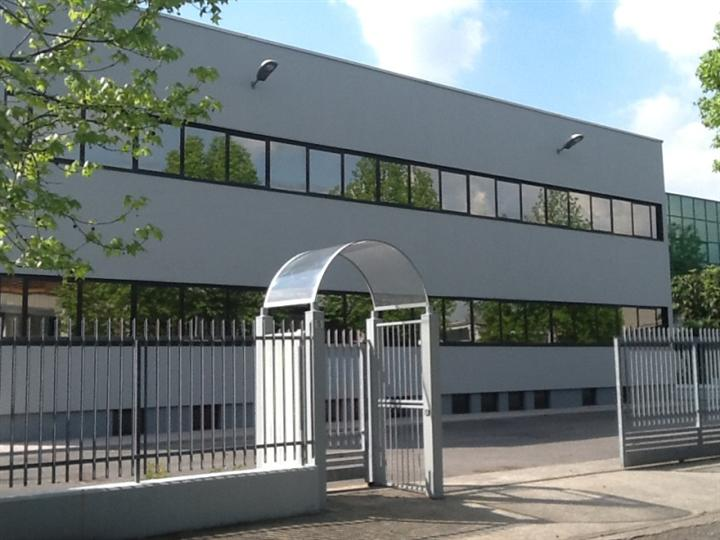 Ufficio / Studio in affitto a Carnate, 9999 locali, prezzo € 3.000 | Cambio Casa.it
