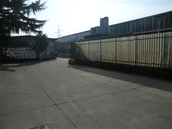 Capannone in vendita a Corsico, 9999 locali, prezzo € 2.500.000 | Cambio Casa.it