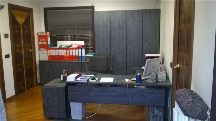 Capannone in vendita a Bovisio Masciago, 9999 locali, prezzo € 495.000 | CambioCasa.it