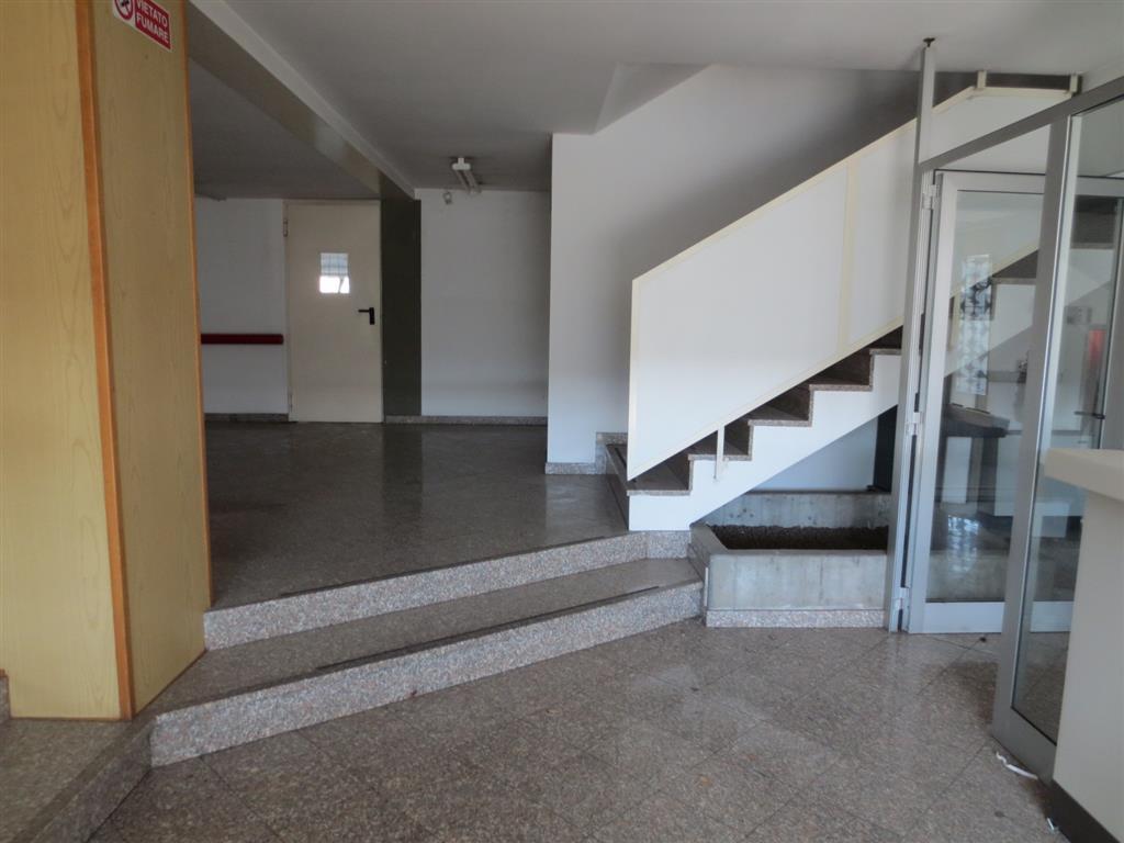 Palazzo / Stabile in vendita a Corsico, 9999 locali, prezzo € 2.300.000   Cambio Casa.it