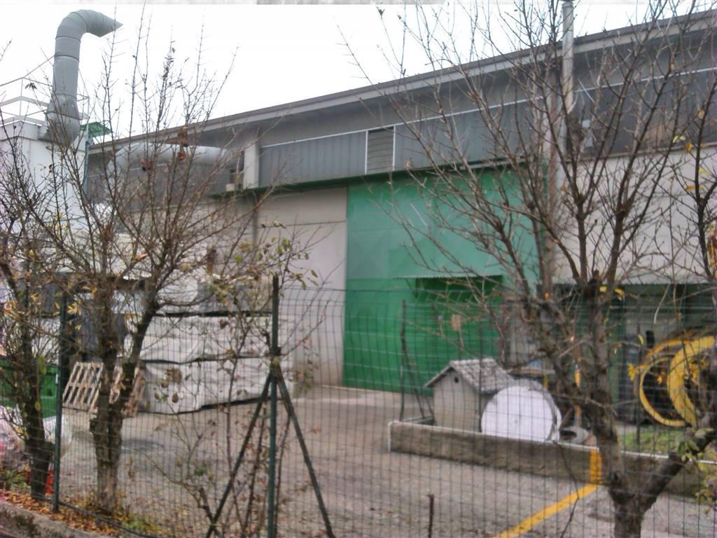 Capannone in vendita a Pessano con Bornago, 9999 locali, prezzo € 270.000 | Cambio Casa.it