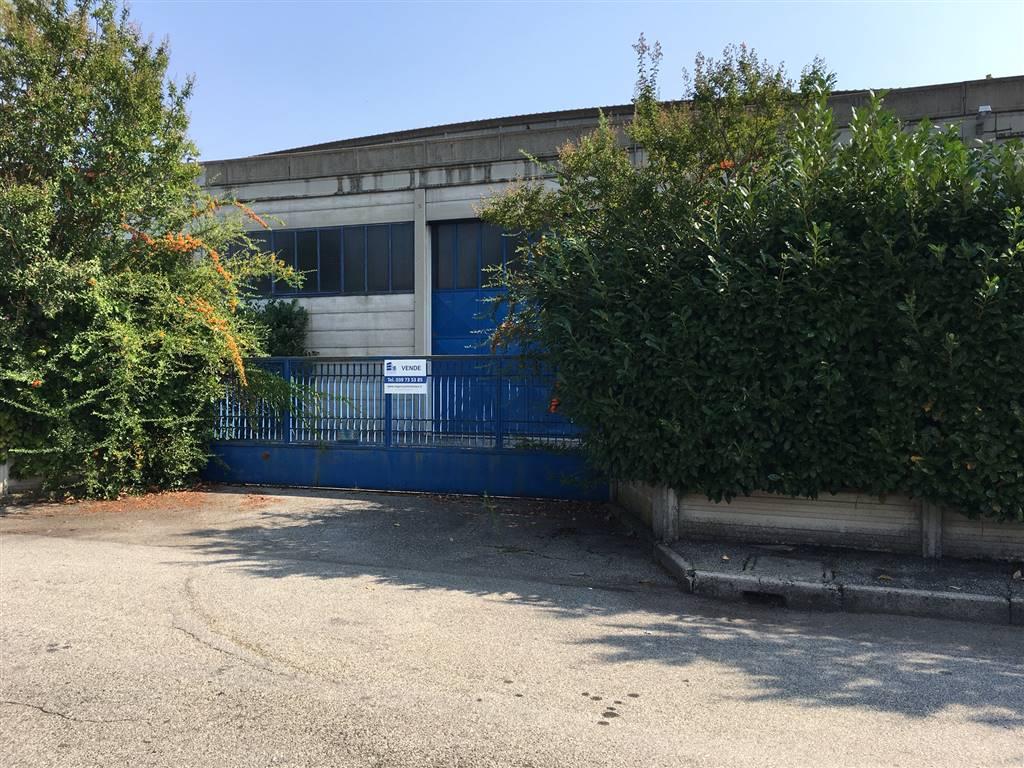 Capannone in vendita a Ronco Briantino, 9999 locali, prezzo € 1.300.000 | Cambio Casa.it