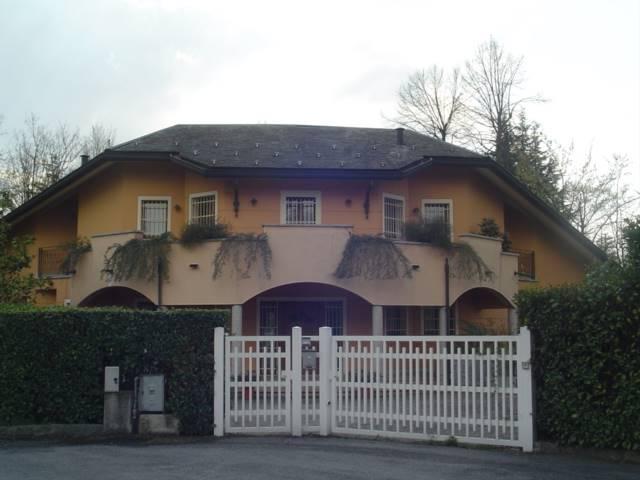 Villa-Villetta Vendita Carimate