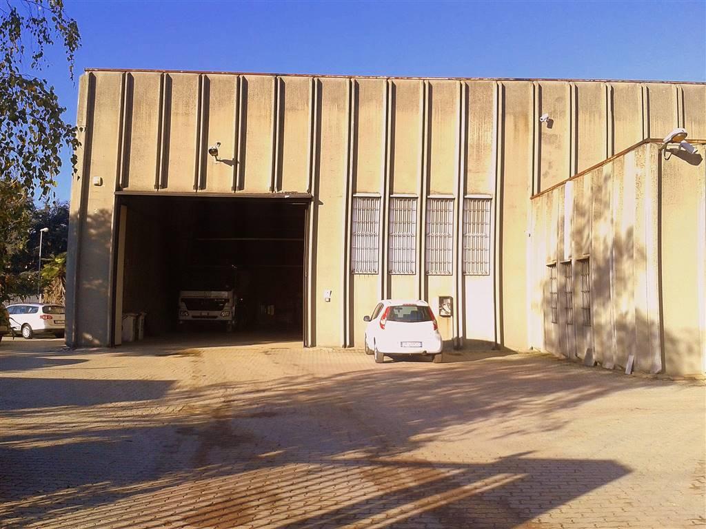 Capannone in affitto a Carugate, 9999 locali, prezzo € 4.000 | Cambio Casa.it