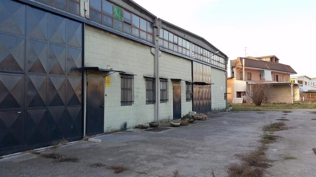 Capannone in vendita a Gessate, 9999 locali, prezzo € 349.000 | Cambio Casa.it