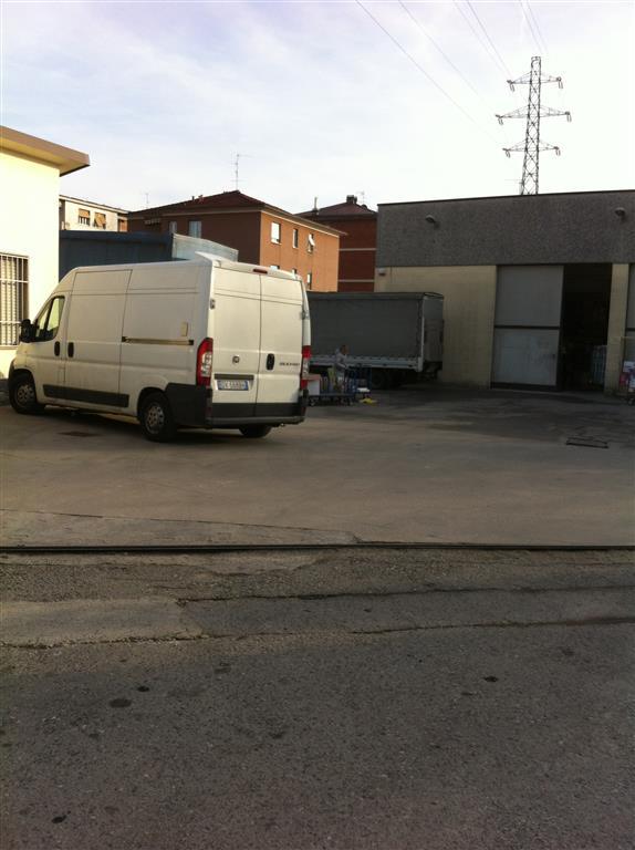 Capannone in vendita a Brugherio, 9999 locali, prezzo € 1.600.000 | CambioCasa.it