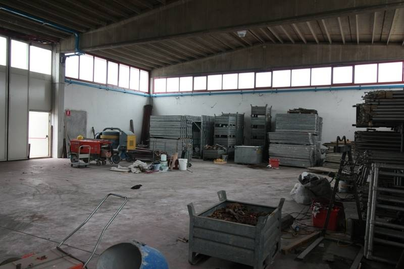 Capannone in vendita a Vimercate, 9999 locali, prezzo € 650.000 | Cambio Casa.it