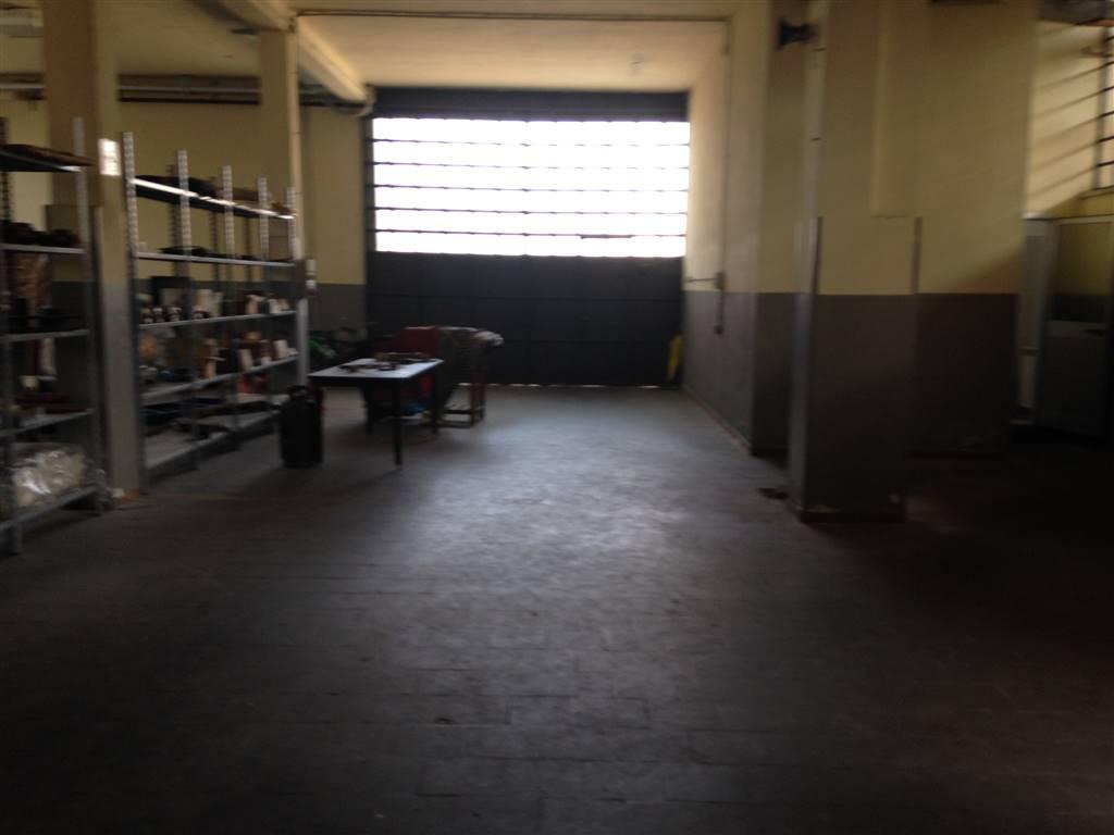 Capannone in affitto a Segrate, 9999 locali, Trattative riservate | CambioCasa.it
