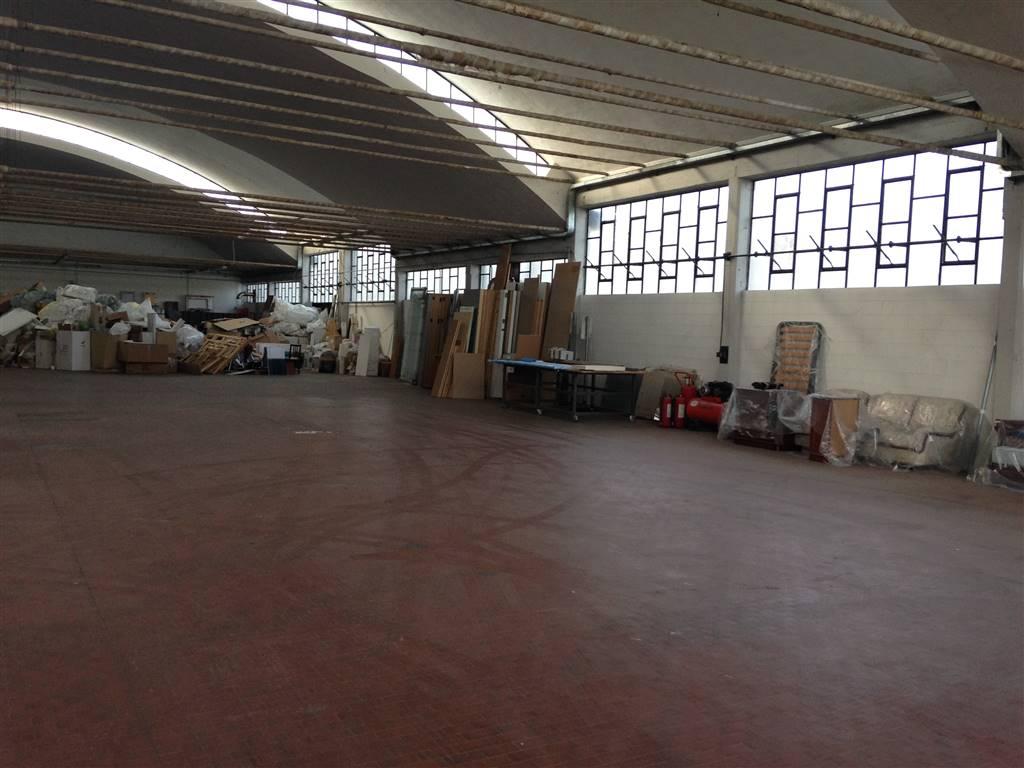 capannone  in Vendita a Inverigo