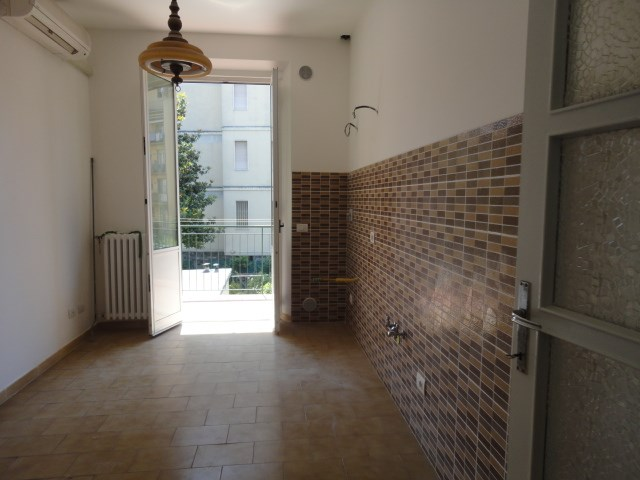 Appartamento in affitto a Scandicci, 5 locali, prezzo € 850 | Cambio Casa.it
