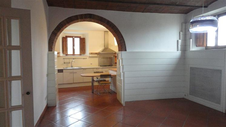 Soluzione Indipendente in affitto a Lastra a Signa, 6 locali, prezzo € 1.200 | Cambio Casa.it