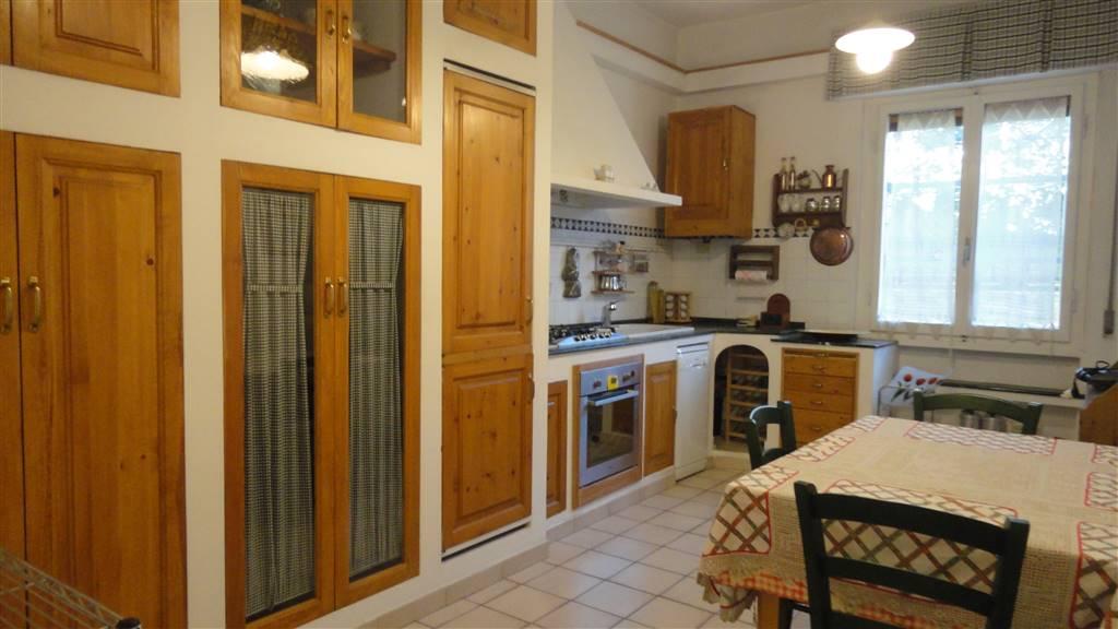 Appartamento in vendita a Scandicci, 3 locali, zona Località: LE BAGNESE SAN GIUSTO, prezzo € 160.000   Cambio Casa.it