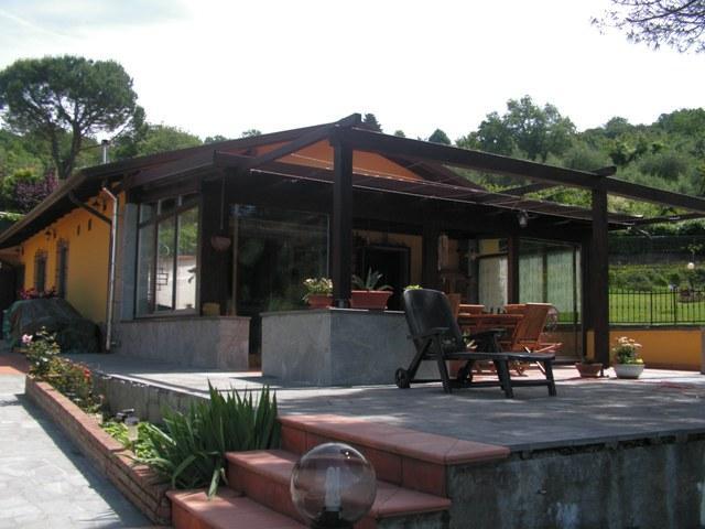 Soluzione Indipendente in vendita a Fosdinovo, 6 locali, zona Zona: Giucano, prezzo € 320.000 | Cambio Casa.it