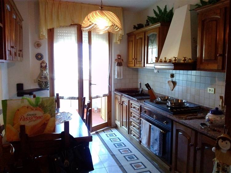Appartamento in vendita a Aulla, 4 locali, zona Zona: Albiano Magra, prezzo € 185.000 | Cambio Casa.it