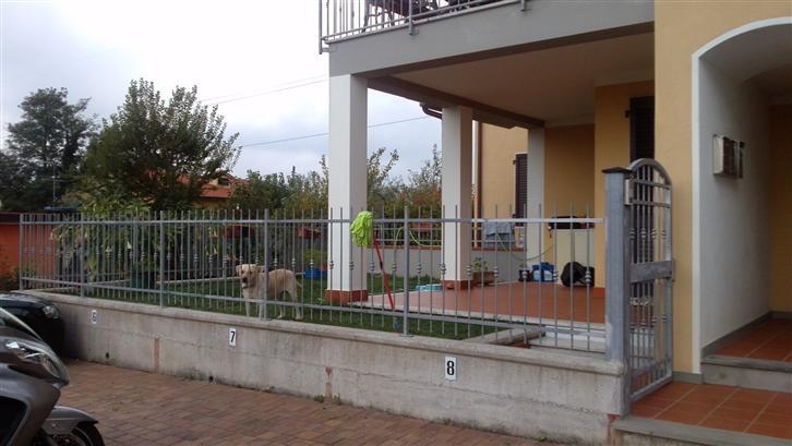 Soluzione Indipendente in affitto a Santo Stefano di Magra, 2 locali, zona Zona: Ponzano Belaso, prezzo € 450 | Cambio Casa.it