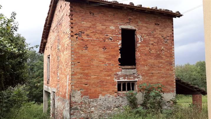 Rustico / Casale in vendita a Sarzana, 4 locali, zona Località: SANTA CATERINA, prezzo € 80.000 | Cambio Casa.it