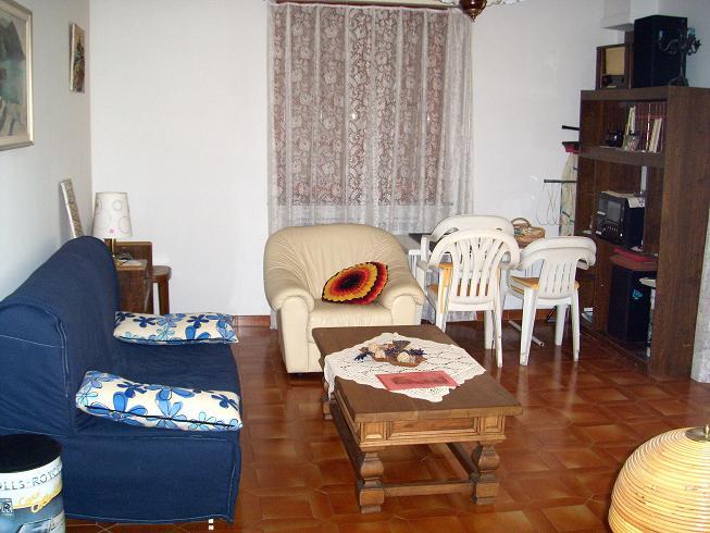 Appartamento in vendita a Santo Stefano di Magra, 4 locali, zona Zona: Ponzano Madonnetta, prezzo € 180.000 | Cambio Casa.it