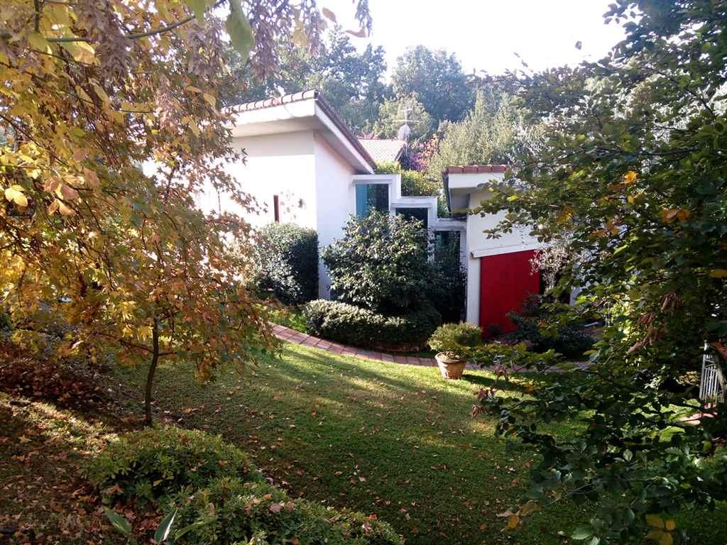 Villa in vendita a Fosdinovo, 8 locali, zona Località: PAGHEZZANA, prezzo € 850.000   Cambio Casa.it