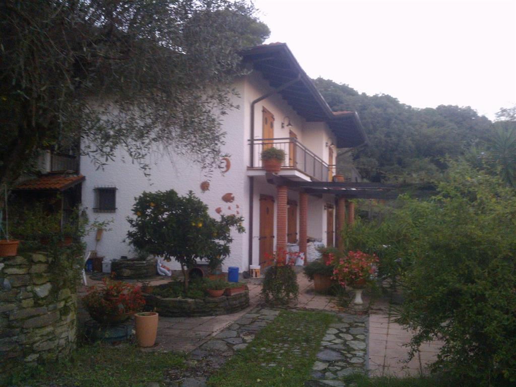 Villa in vendita a Ameglia, 8 locali, zona Località: PUNTA BIANCA, prezzo € 1.400.000 | Cambio Casa.it