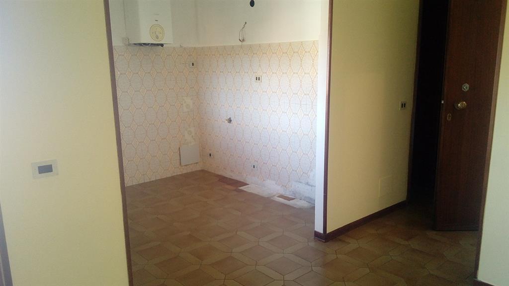 Affitto trilocale sarzana terzo piano riscaldamento for Arredo bagno sarzana