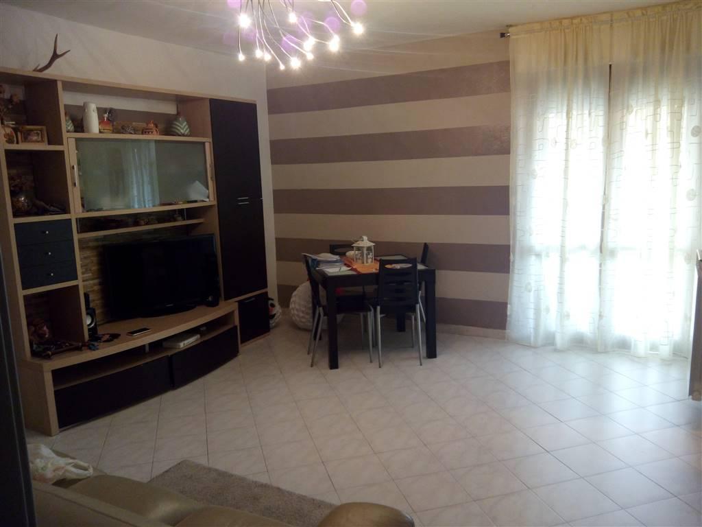 Appartamento in vendita a Aulla, 4 locali, zona Zona: Albiano Magra, prezzo € 150.000 | Cambio Casa.it