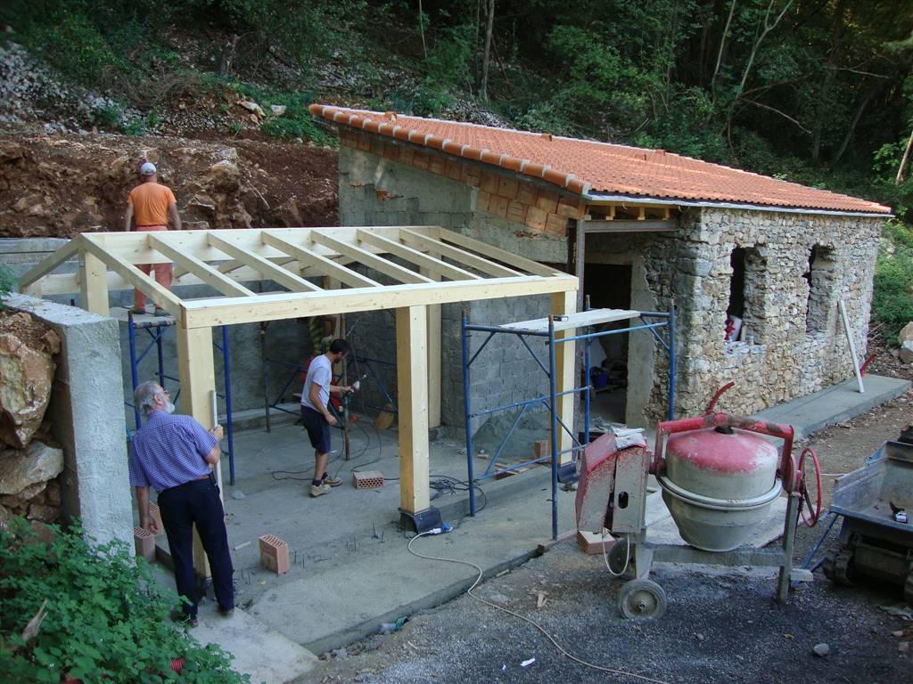 Soluzione Indipendente in vendita a Lerici, 4 locali, prezzo € 100.000 | Cambio Casa.it
