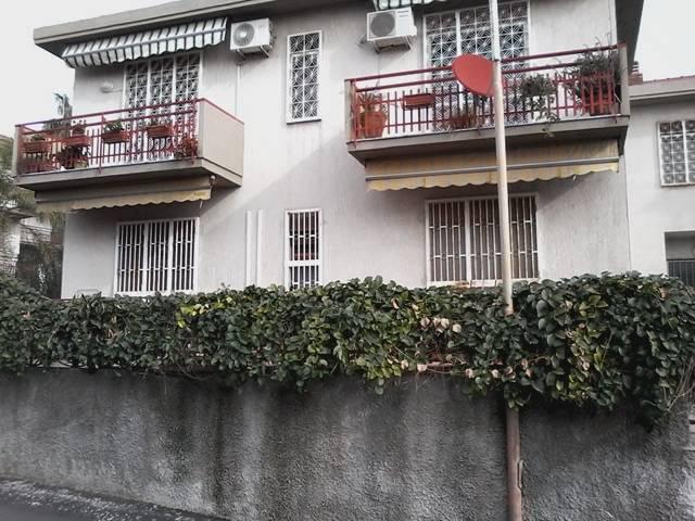 Case zona di prestigio catania in vendita e in affitto for Case arredate in affitto a catania
